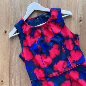 Size 6 Banana Republic sleeveless blouse